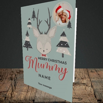 Picture of Mummy Deer, Christmas Design, Portrait Greetings Card