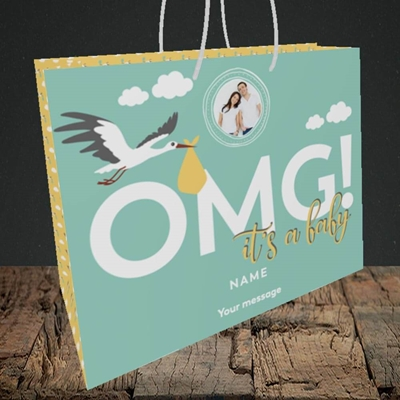 Picture of OMG! It's a Baby, New Baby Design, Medium Landscape Gift Bag