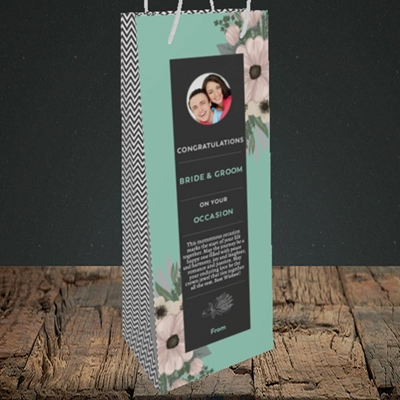 Picture of Flowers Green B&G, Wedding Design, Bottle Bag