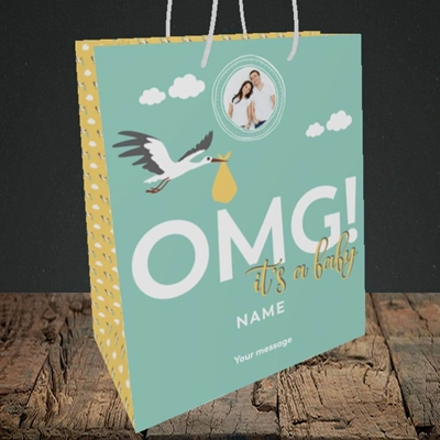 Picture of OMG! It's a Baby, New Baby Design, Medium Portrait Gift Bag