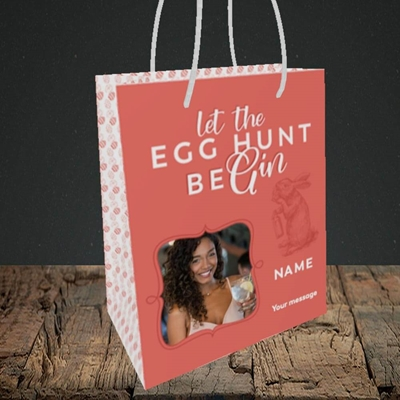 Picture of Egg Hunt BeGin, Easter Design, Small Portrait Gift Bag