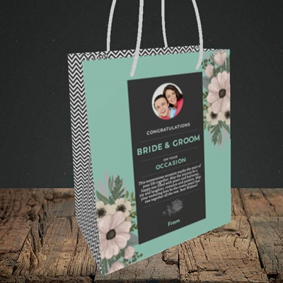 Picture of Flowers Green B&G, Wedding Design, Small Portrait Gift Bag