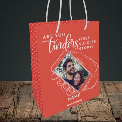 Picture of Tinder, Wedding Design, Small Portrait Gift Bag