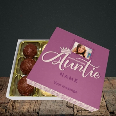 Picture of Auntie (Crown), Birthday Design, Choc 9