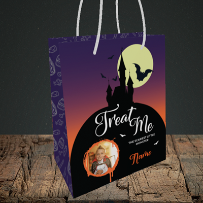 Picture of Castle, Halloween Design, Small Portrait Gift Bag
