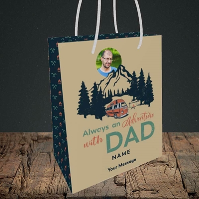 Picture of Camper Van With Dad, Father's Day Design, Small Portrait Gift Bag