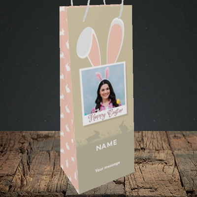 Picture of Hoppy Polaroid, Easter Design, Bottle Bag