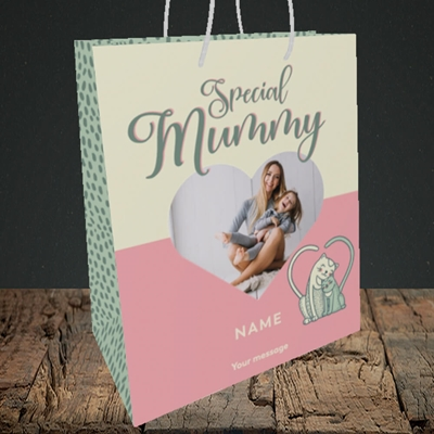 Picture of Mummy Cat, Mother's Day Design, Medium Portrait Gift Bag