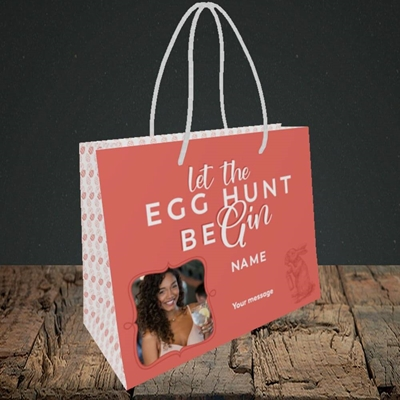 Picture of Egg Hunt BeGin, Easter Design, Small Landscape Gift Bag